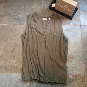 New York & Co. sleeveless blouse in size medium